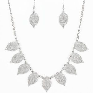 Leafy Lagoon - Silver Necklace Earring Jewelry Set